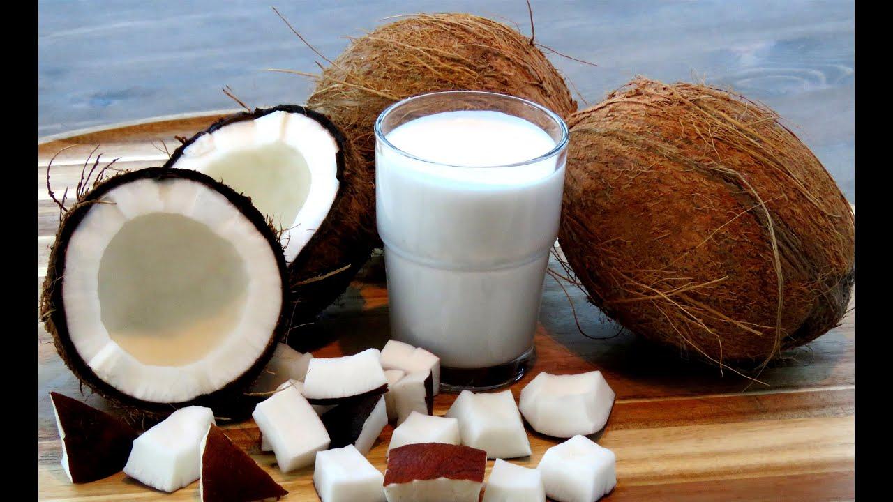 Homemade Coconut Milk From Fresh Coconut