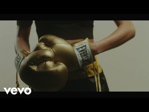 Lauren Aquilina - Kicks