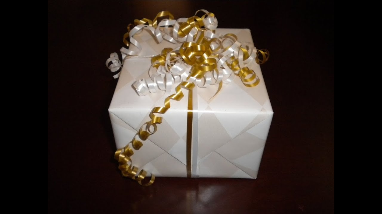How To Wrap A Present Giftwrap Diy Curly Bow Youtube