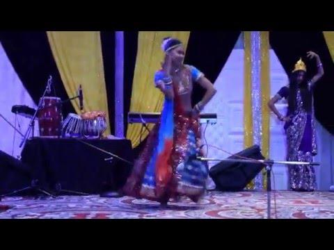 Ang Se Ang Lagana  Holi Performance 