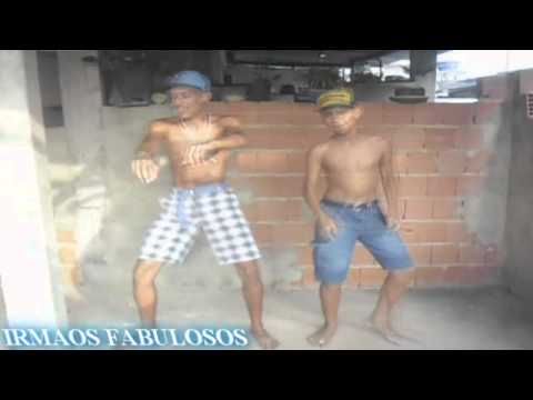 IRMÃOS FABULOSOS  = OLHA PRO DJ ♪ [ Mc Magrinho Mc Nego Do Borel ]