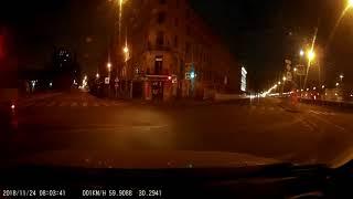 Смотреть видео ДТП. Санкт-Петербург, перекрёсток наб. Обводного канала и ул. Шкапина онлайн