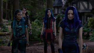 Descendants 3 - Mal Tells Everyone She Lied To Them | Clip #26