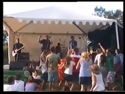 Midnight Oil Live - Manly 18/03/2001