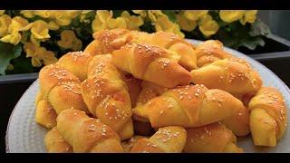 Kiflice sa kukuruznim brasnom punjene sa sukom i sirom - CooKing Recepti