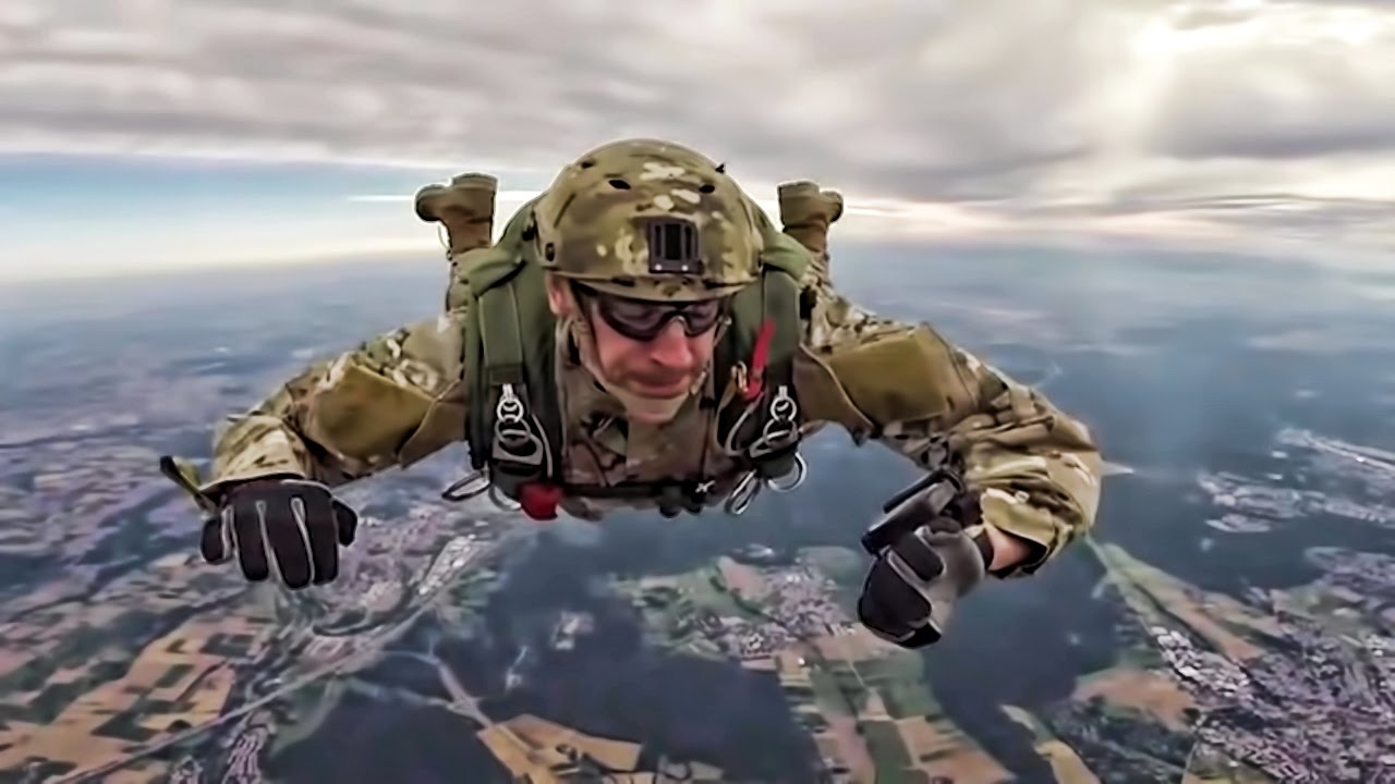 Download Special Operations Soldiers • Parachute Free-Fall Training