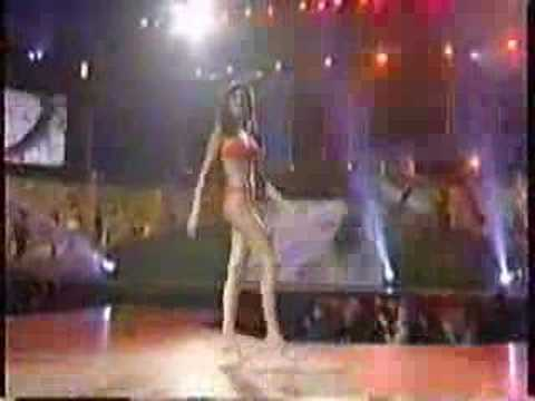 Miss Universe 2001- Swimsuit Competition