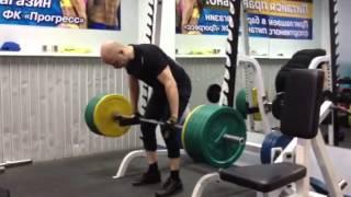 Каждый мужчина поднимет 180 кг