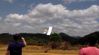 Mazinho e sua laje voadora - aeromodelo RC em Rio Bananal