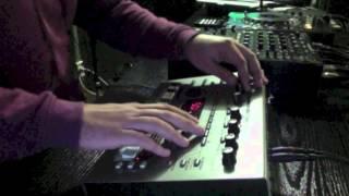 External ( Roland MC 303 Live )