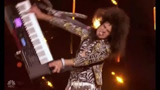 JJ The Rock & Roller OWNS That Keyboard and The Girls Love It! America's Got Talent 2017