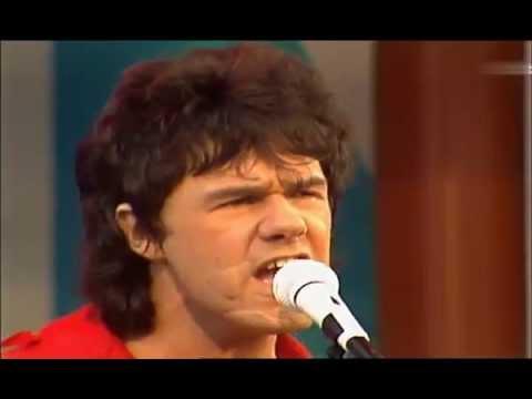 Download Gary Moore - Empty Rooms 1984 Mp4 baru