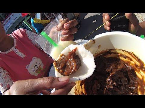 Indonesia Surabaya Street Food 2074 Part.1 Godir Ice Es Godir Kerupuk Upil YDXJ0624