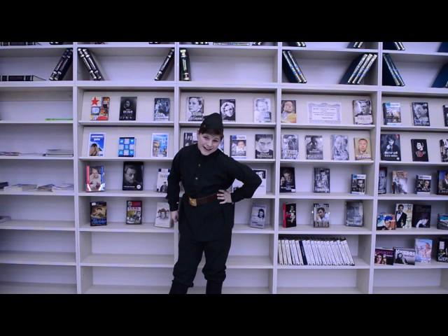 Изображение предпросмотра прочтения – ЕгорБорисов читает отрывок изпроизведения «Василий Теркин» А.Т.Твардовского