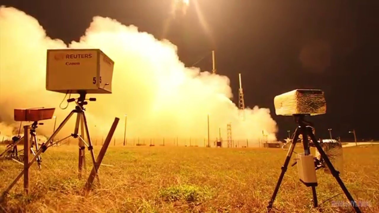 How To Photograph a Rocket Launch