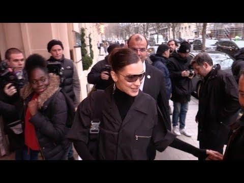 EXCLUSIVE : Bella Hadid working in Paris