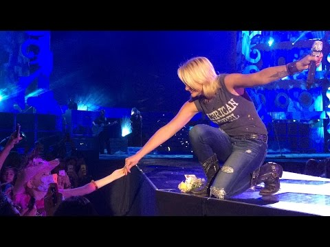 Miranda Lambert - Over You (Miranda Brought To Tears by Brooke Hester) Corpus Christi, Tx. 9/13/14