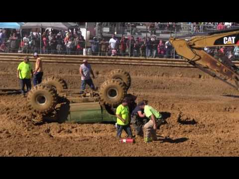 Crash at Virginia Motor Speedway Oct 16 '2016 (Mud Bog)