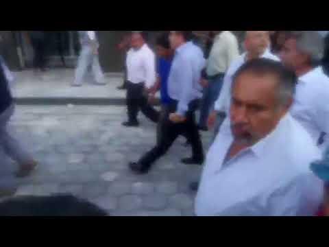 Gobernado del Estado Antonio Gali Fayad en Atlixco tras sismo