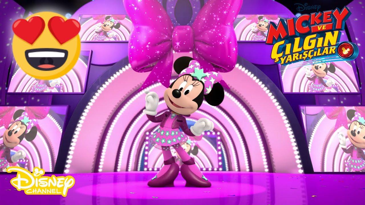🎵😍MINNIE'NİN HARİKA ŞARKISI🎶😋  Mickey ve Çılgın Yarışçılar   Disney Channel Türkiye