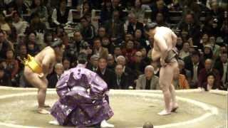 20130113 大相撲初場所初日 白鵬vs松鳳山.