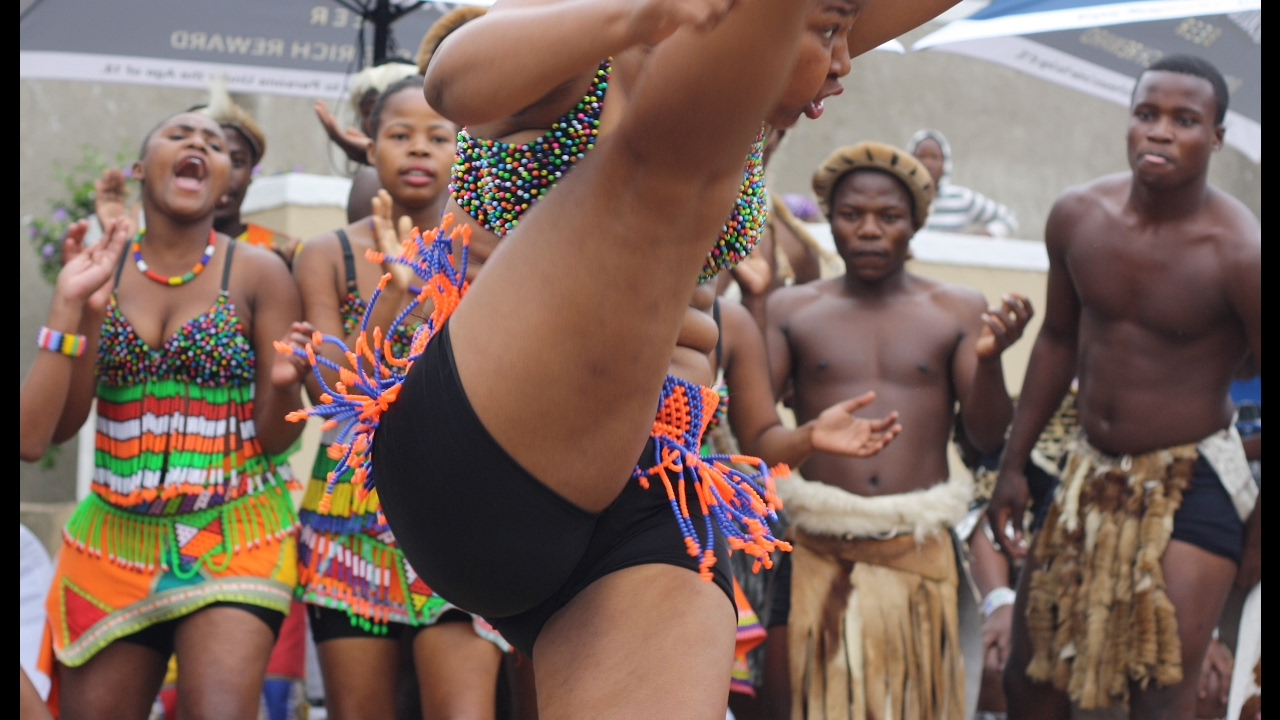 Amazing Traditional Zulu Dancing - Beyondzulu Must -5784