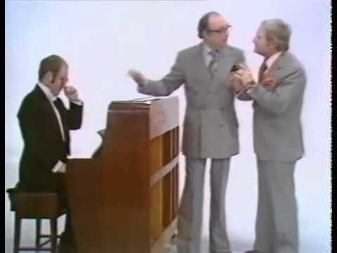 Elton John on Morecambe and Wise TV-Show (1977)