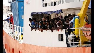Aquarius: Ship with 141 migrants allowed to dock after five day EU dispute ends