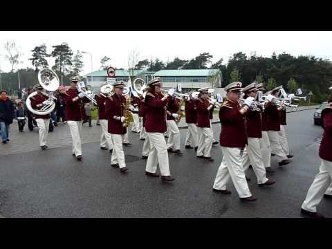 Drumfanfare Jonathan Zeist Konginnedag 2010 (Den Dolder) #1