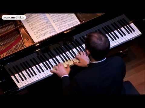 Andrei Korobeinikov - Liszt, Consolations S 172