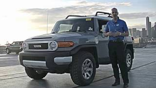 2014 Toyota FJ Cruiser review - Buying an FJ Cruiser? Here's the complete story!