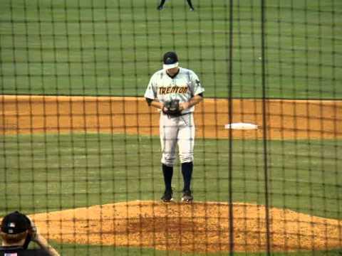 9/12/2012: Shaeffer Hall vs. Adam Abraham