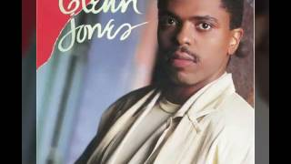 Watch Glenn Jones Oh Girl video