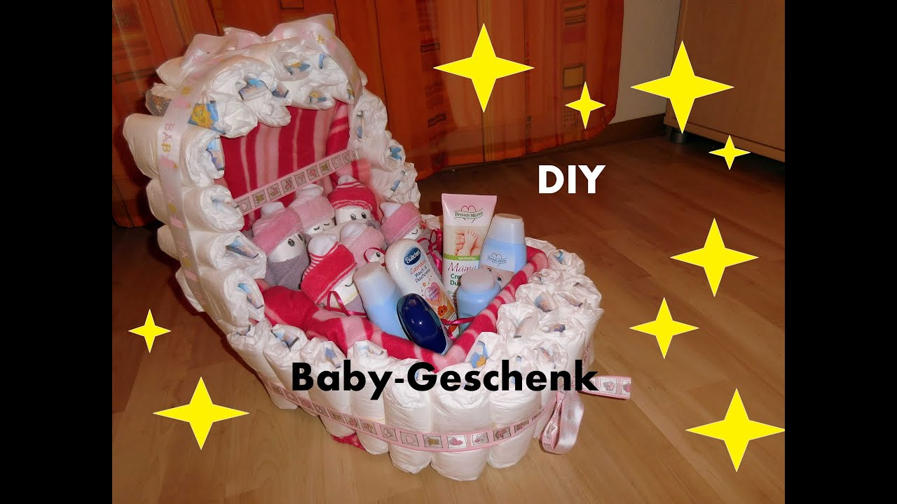 windelnwagen baby geschenk kinderwagen aus windeln youtube. Black Bedroom Furniture Sets. Home Design Ideas