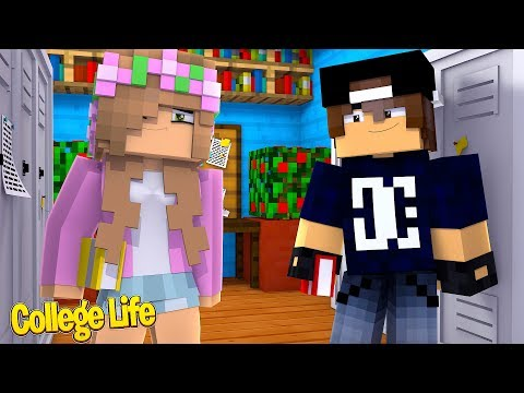LITTLE KELLY MEETS JACK! | Minecraft College Life thumbnail