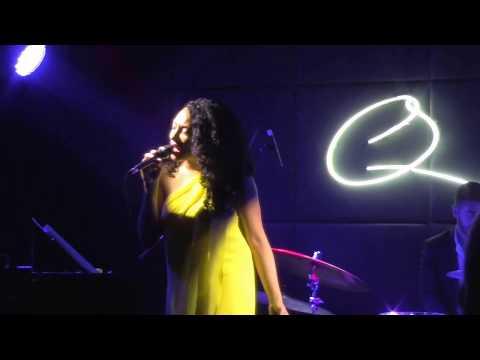 Sheléa • Summertime • Live in Dubai • Q's Bar and Lounge...