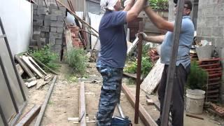 Сварка металлических ворот,часть3(процесс сварки ворот из металла.Все этапы изготовления и монтажа распашных ворот первая часть http://www.youtube.c..., 2014-05-27T21:19:17.000Z)