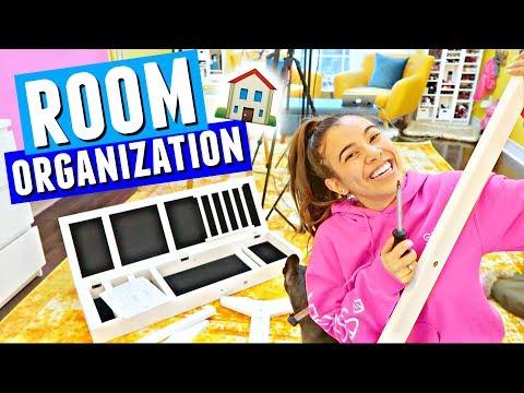NEW ROOM STORAGE & ORGANIZATION!! 🏠🔨 Building A Huge Jewelry Organizer!