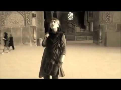 asghar_oslo_صدای دلنشین یک دختر خانوم در مسجد شاه اصفهان