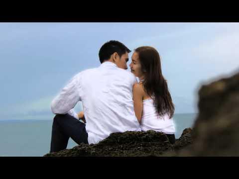 Lagu: Kau Hadiah Terindah (10th Wedding Anniversary)