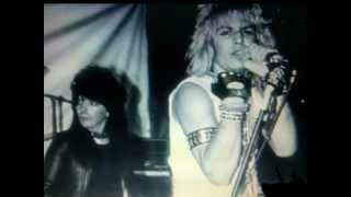 Mötley Crüe: Merry-Go-Round (*lyrics) from album LIVE...