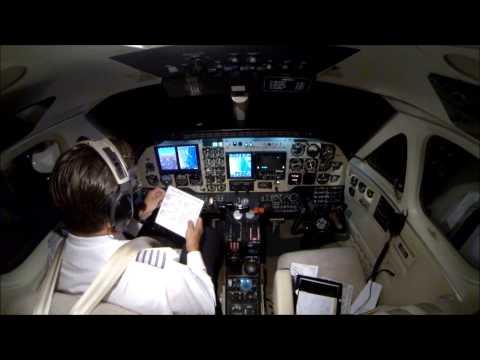 KLGA to KBHB in a King Air B100!