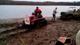 Трактор Уралец на самодельных гусеницах
