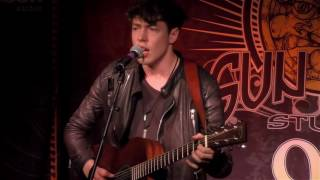 "Barns Courtney - ""Little Boy"" (Live In Sun King Studio 92 Powered By Klipsch Audio)"