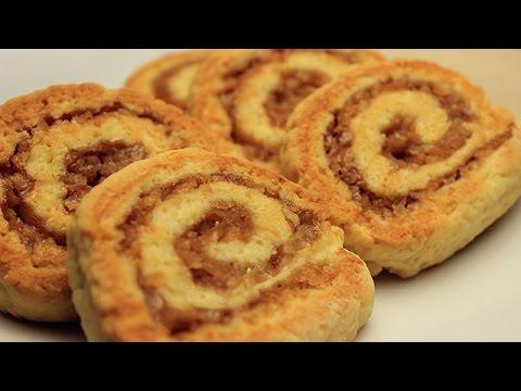 Recette de biscuit roul aux pommes biscuit la - Roule a la cannelle ...