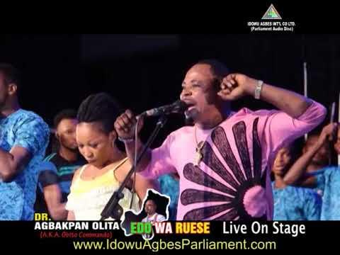 Dr Agbakpan Olita live on stage [Edo Wa Ruese THRILLER] - Benin Music Live On Stage