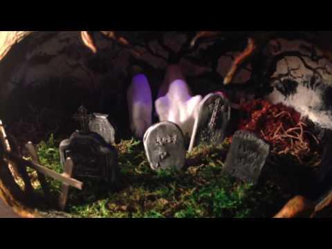 Dancin' Ghouls diorama