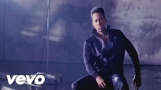 Смотреть клип Romeo Santos Ft. Usher - Promise / English Version