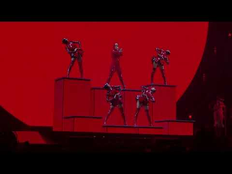 Katy Perry - Dark Horse (Montreal, Witness the tour 2017)
