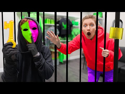 Last To Leave MYSTERY NEIGHBOR ESCAPE ROOM $10,000 Challenge (Prank on Grace Sharer for 24 Hours)